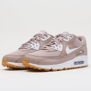 detailed look f50f7 5987c Nike WMNS Air Max 90 diffused taupe / white