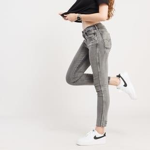 Levi's ® L8 Mid Skinny