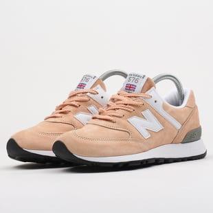 New Balance W576LO