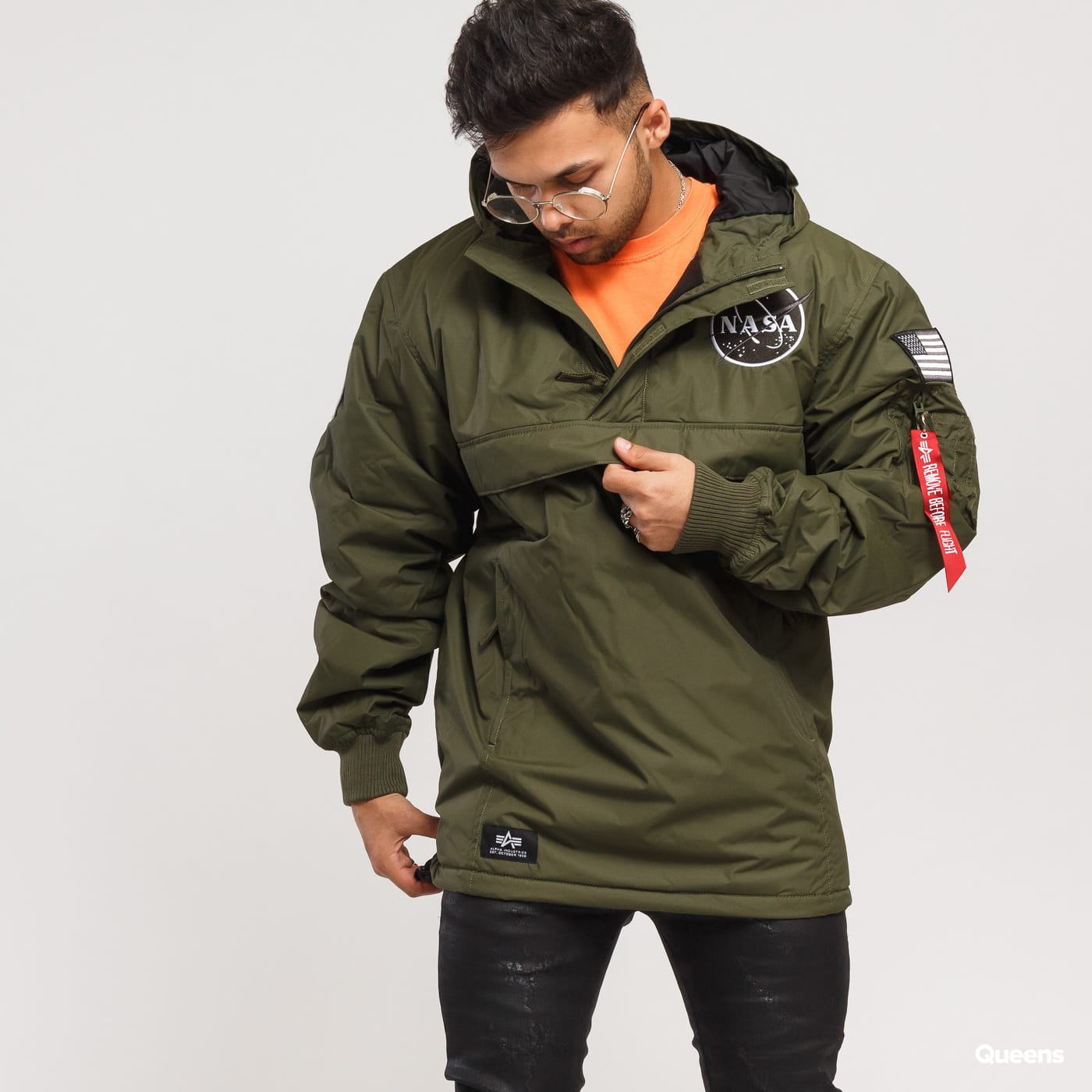 d9d62c23e Alpha Industries NASA Anorak olive