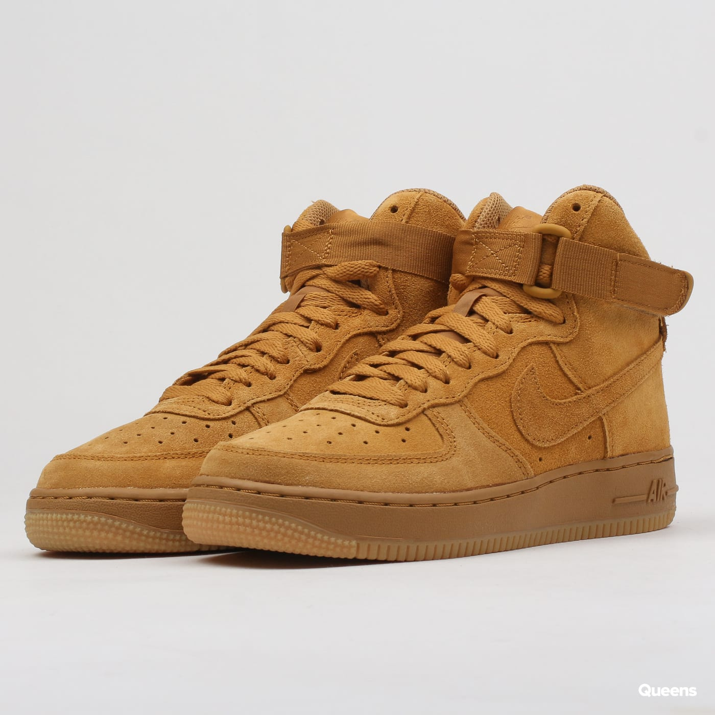 quality design f9148 33af9 Nike Air Force 1 High LV8 (GS) (807617-701)– Queens 💚