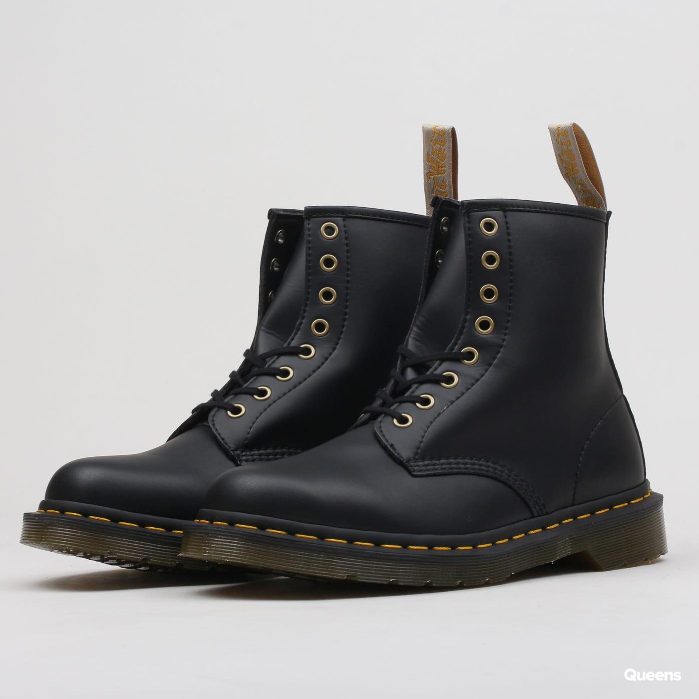 2283a3ffb4d1c Pánska zimná obuv Dr. Martens Vegan 1460 black felix rub off (DM14045001) –  Queens 💚