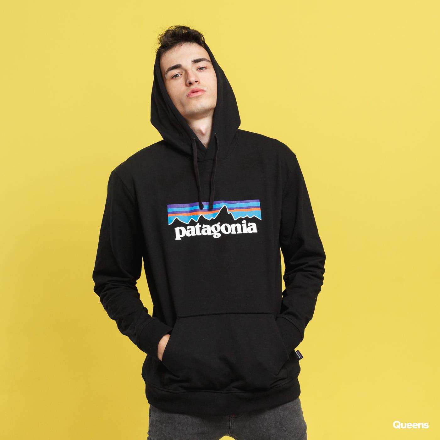 Patagonia M's P6 Logo Uprisal Hoody black