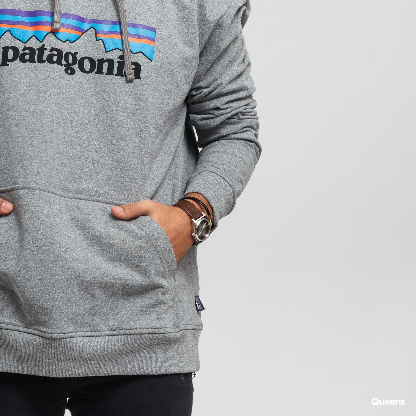 Patagonia M's P6 Logo Uprisal Hoody melange šedá
