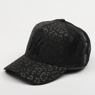 New Era 940 W AF Trucker MLB NY