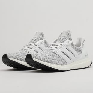 adidas Performance UltraBOOST w