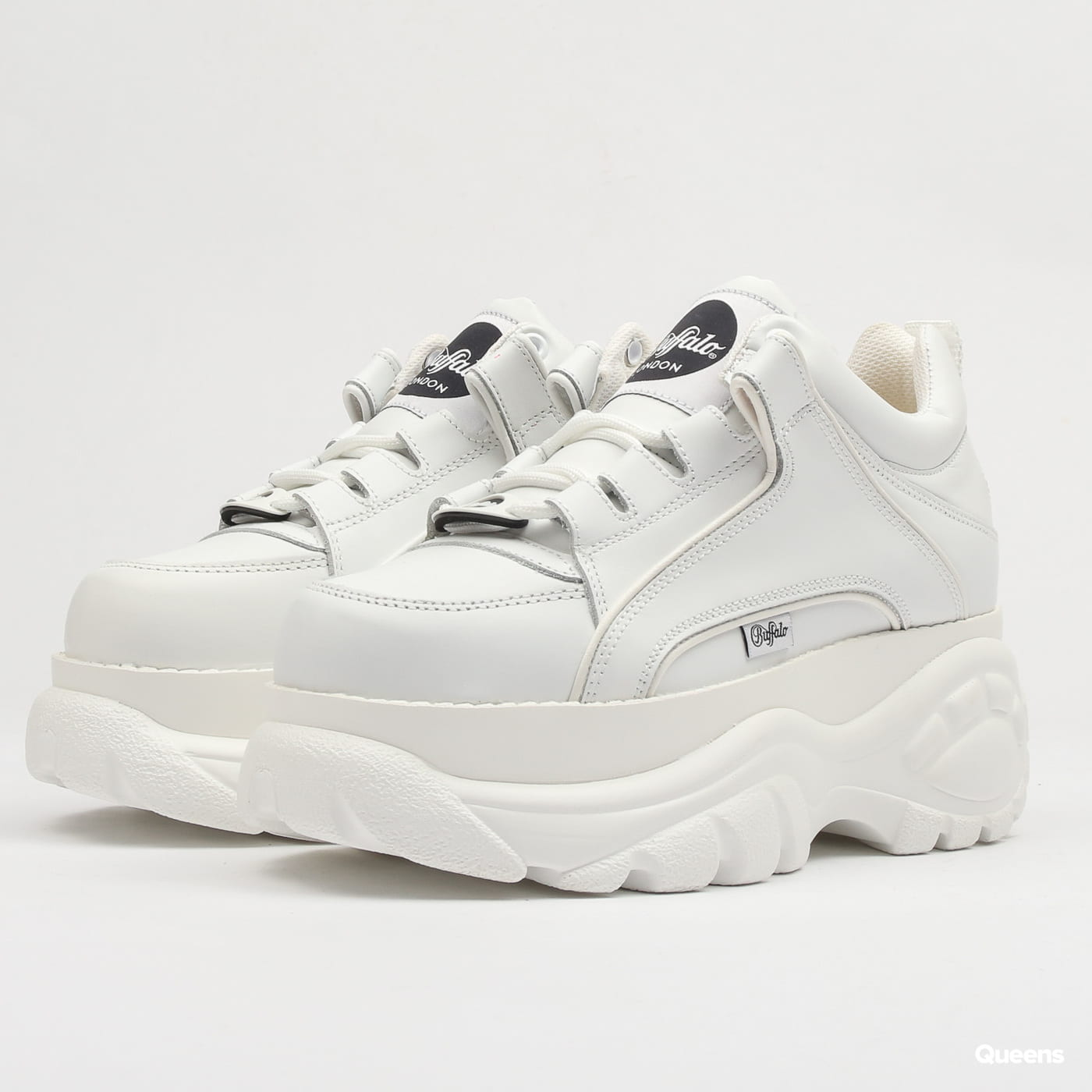 buffalo classic low white patent leather