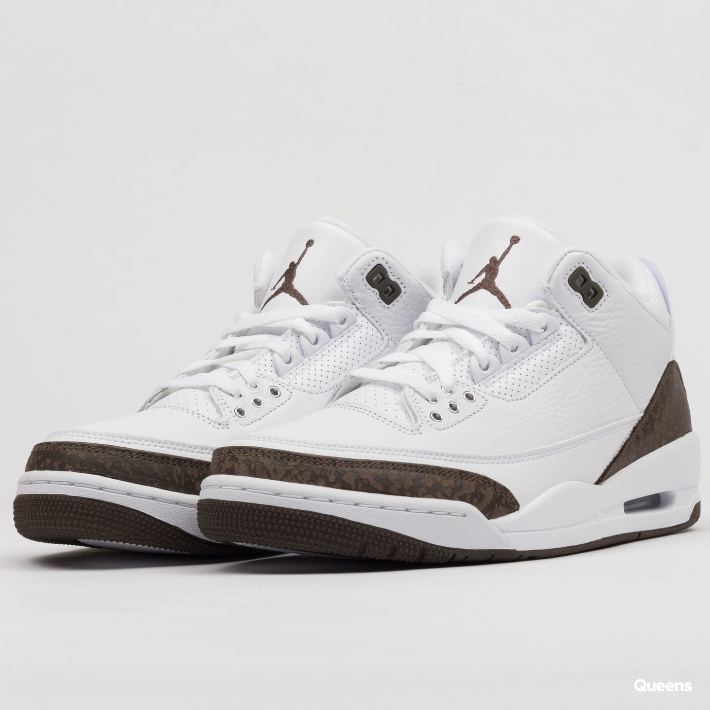107528091f2 Jordan Air Jordan 3 Retro – Queens 💚