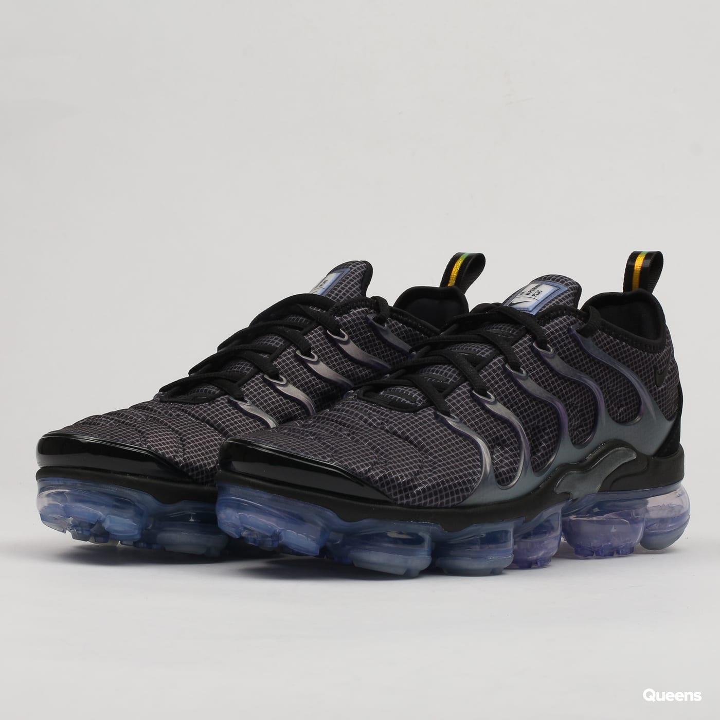 59f6838461a Sneakers Nike Air Vapormax Plus (924453-014)– Queens 💚