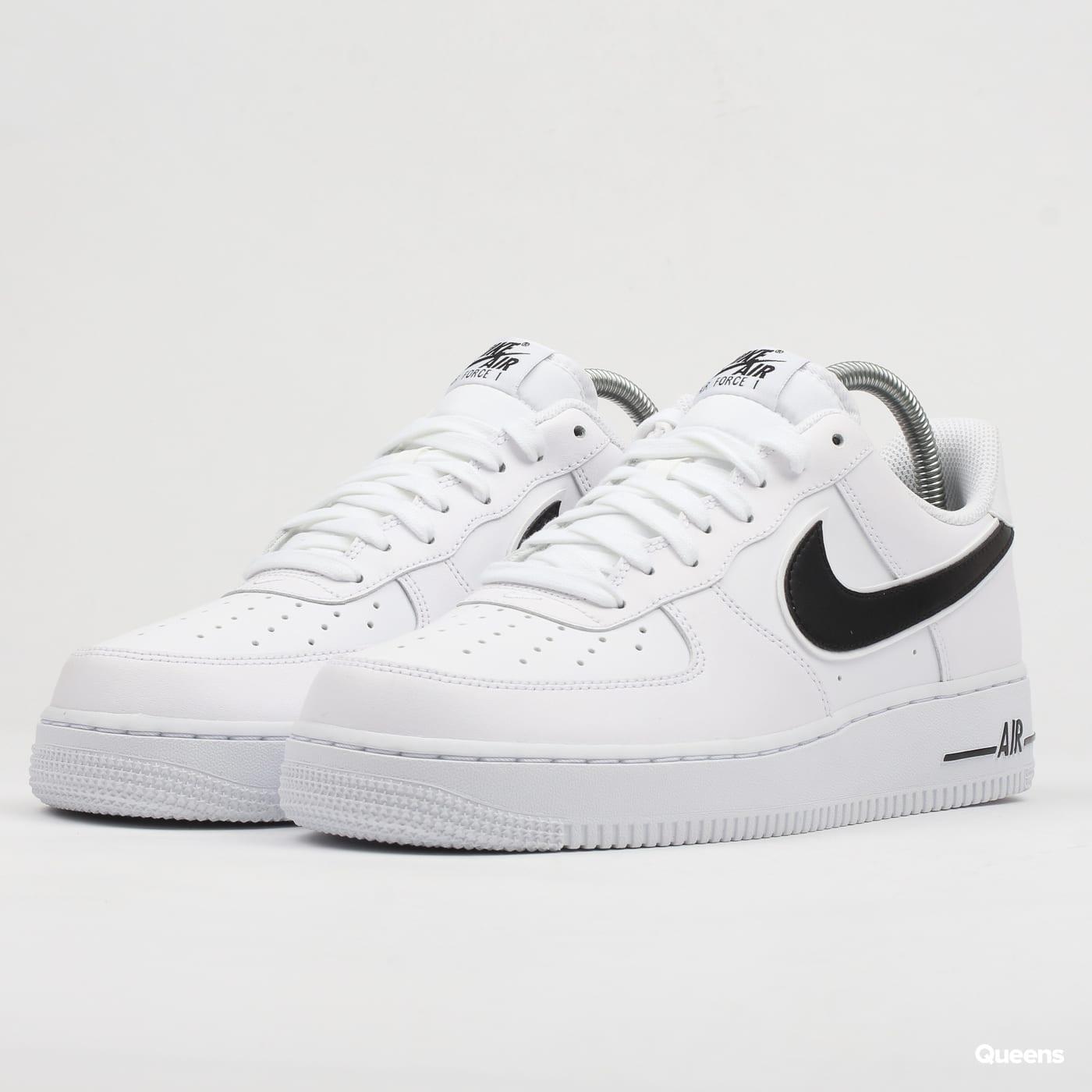 720948e03ca Nike Air Force 1 – Queens 💚