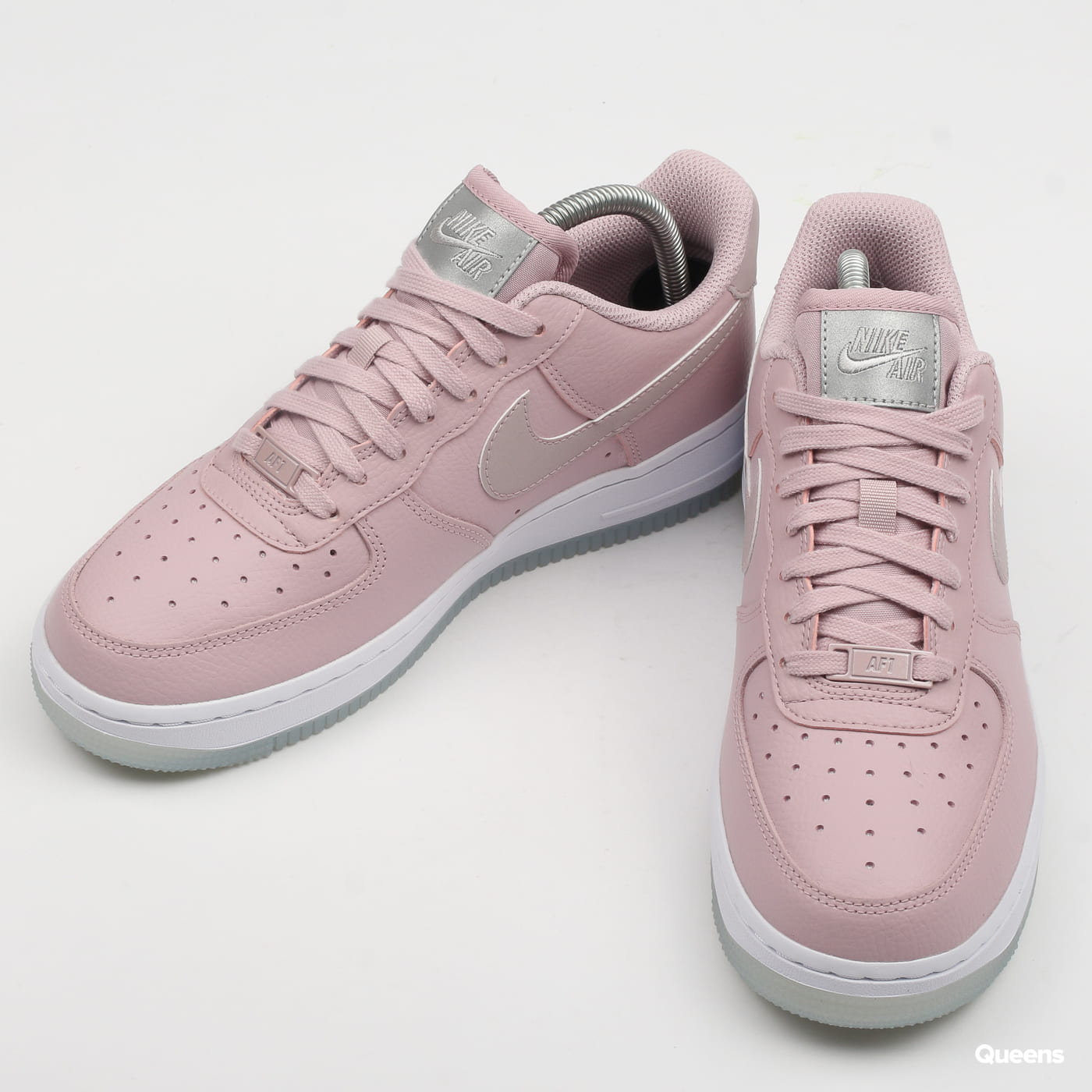 brand new bbbdc 0df95 Zoom in Zoom in Zoom in Zoom in Zoom in. Nike WMNS Air Force 1  07 Ess ...