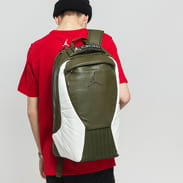 Jordan Retro 12 Pack tmavě olivový / bílý