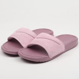 Nike WMNS Benassi JDI Leather SE