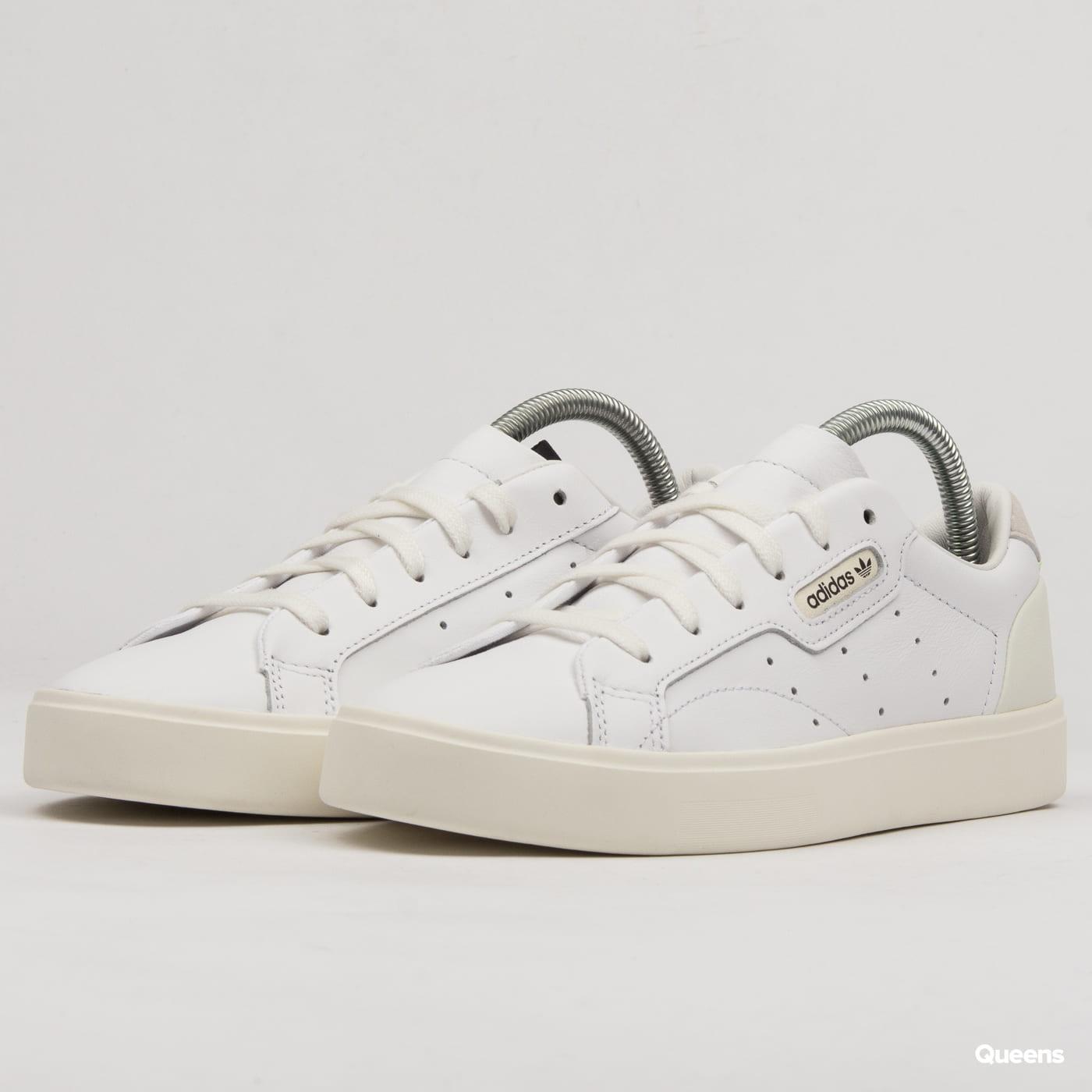 premium selection 75b85 8c679 adidas Originals adidas Sleek W (CG6199)– Queens 💚