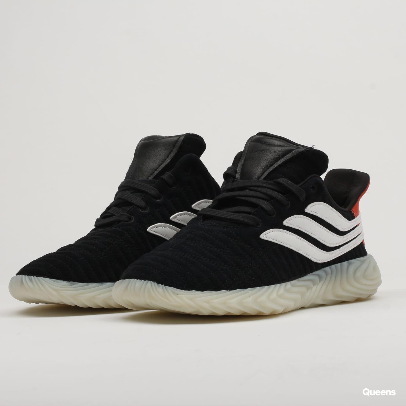 adidas Originals Sobakov cblack / owhite / rawamb