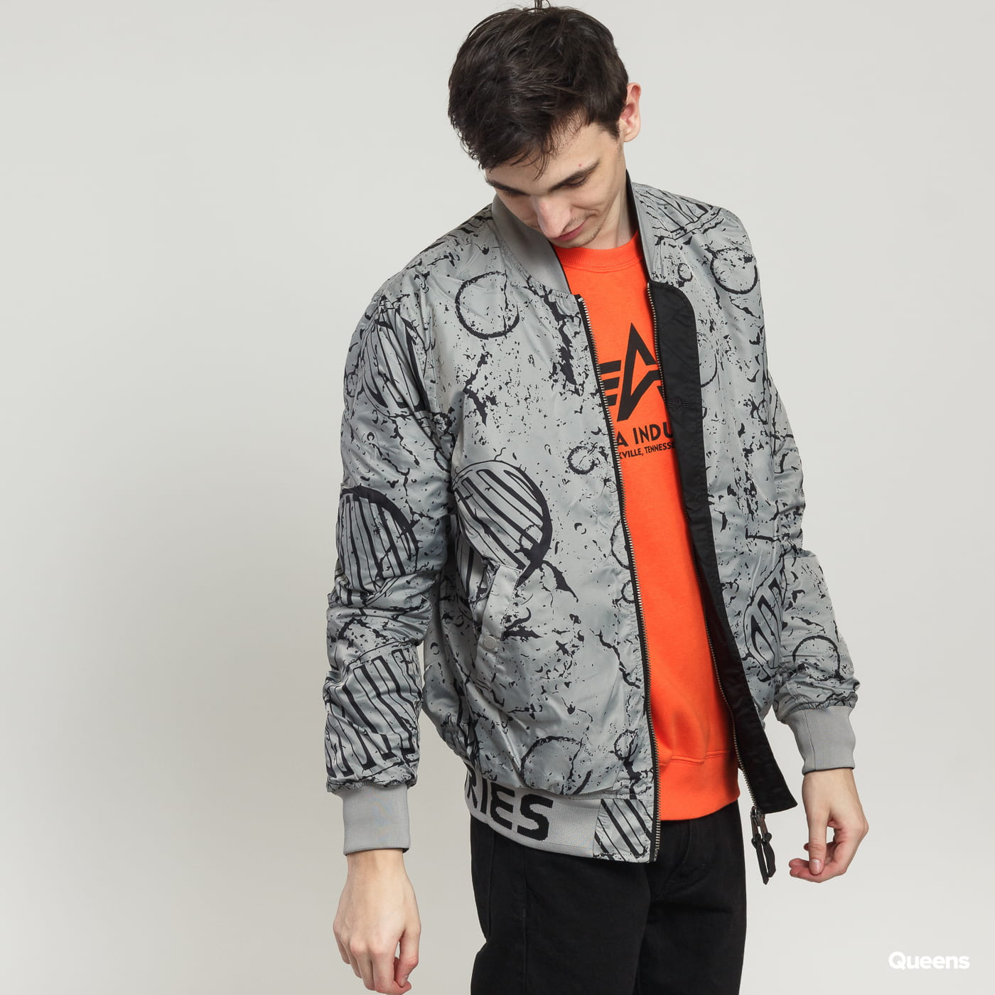 Alpha Industries MA-1 Moon Landing Rev schwarz / grau