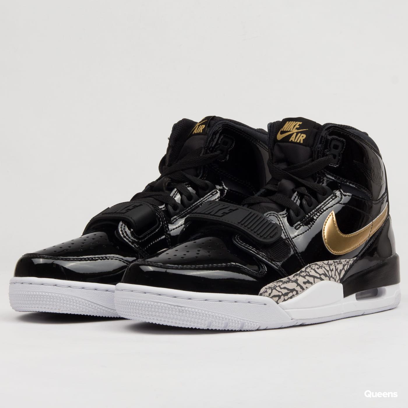 new arrival 49823 ebe63 Sneakers Jordan Air Jordan Legacy 312 (AV3922-007)– Queens 💚