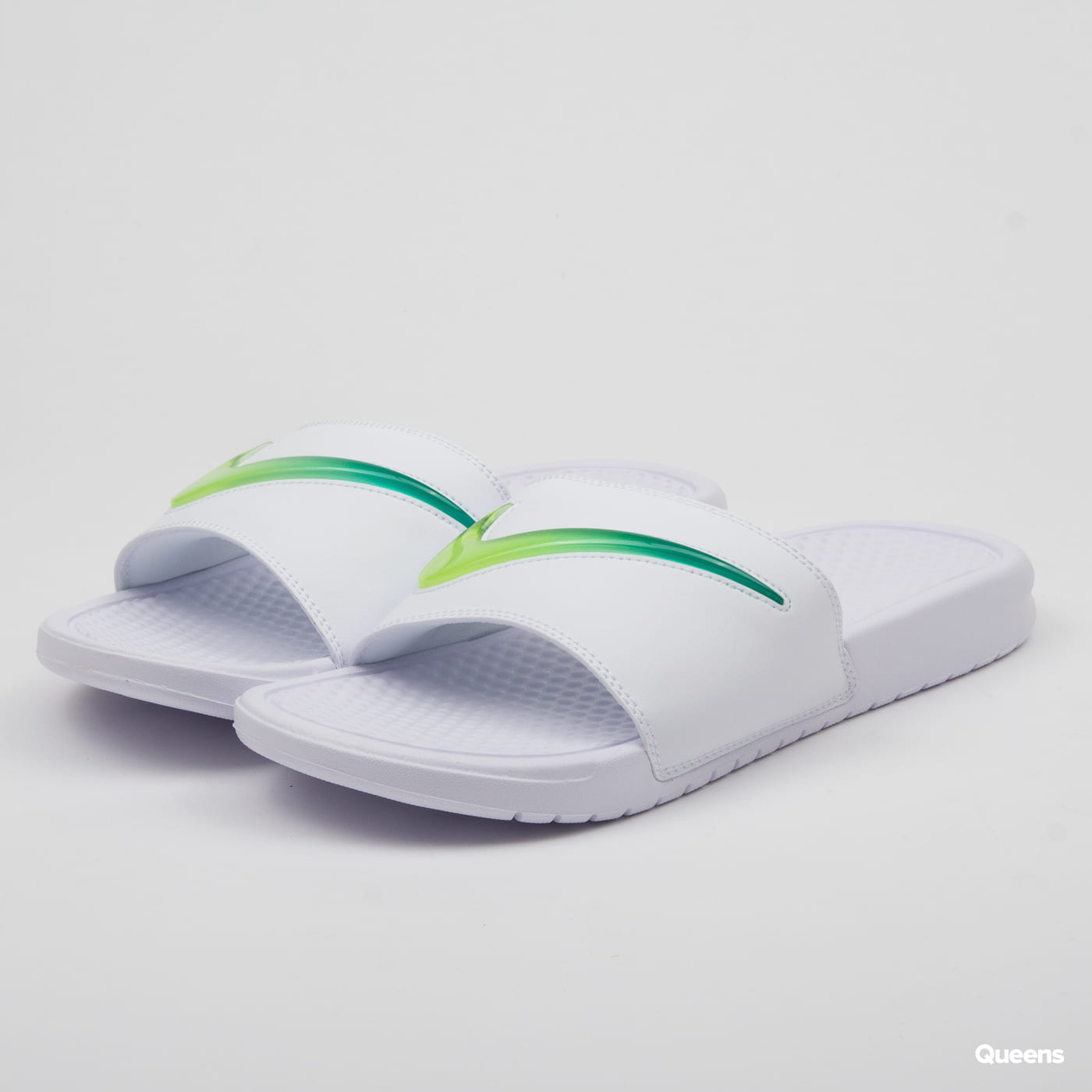 more photos 77b53 7ed86 Nike Benassi JDI SE (AJ6745-101)– Queens 💚