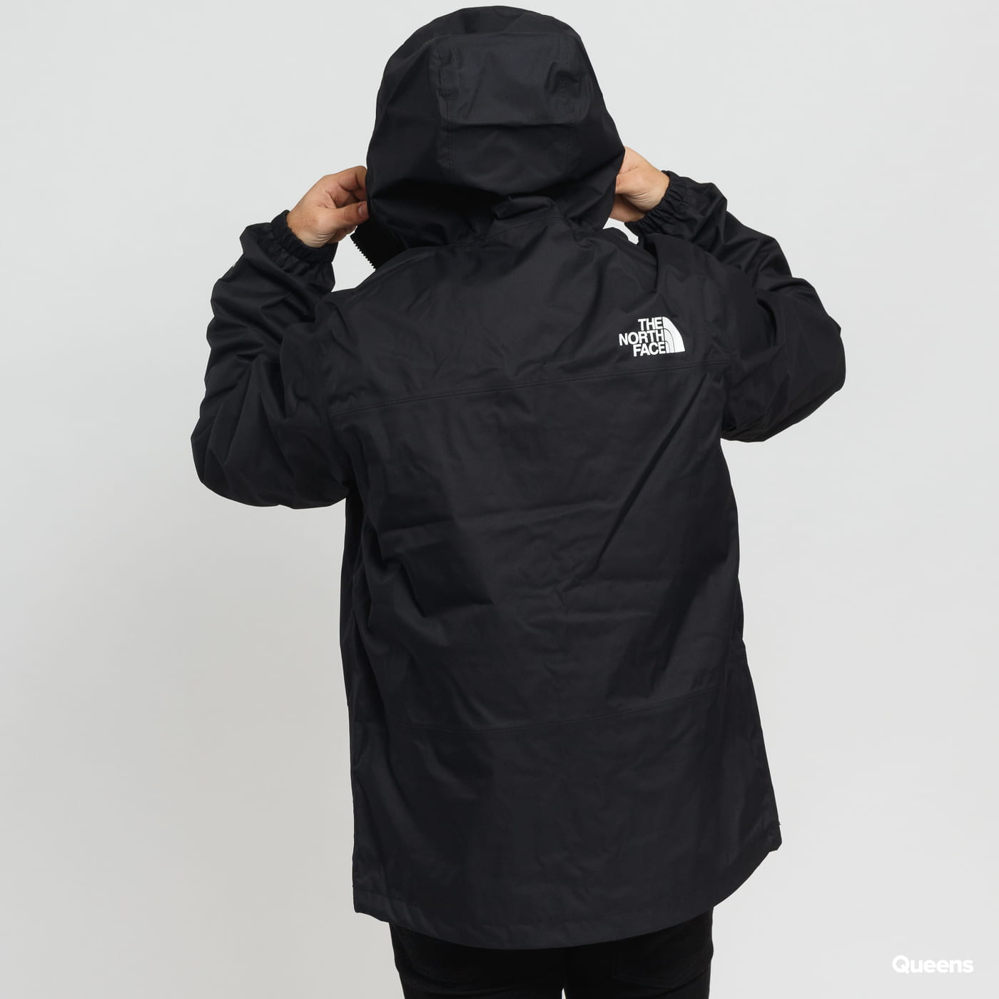 The North Face M 1990 Mountain Q Jacket čierna