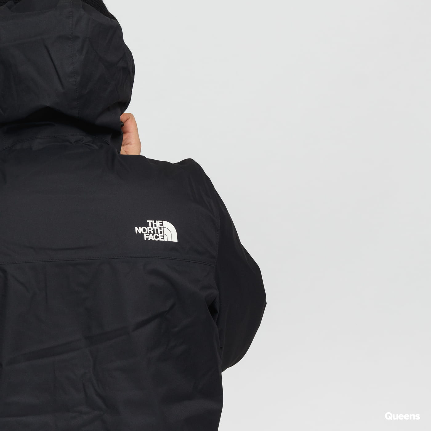 The North Face M Mountain Q Jacket čierna
