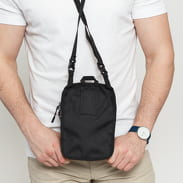 The Herschel Supply CO. Form L Crossbody černá