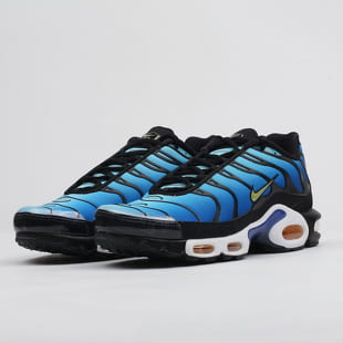 the latest 62738 be075 Nike Air Max Plus OG black / chamois - sky blue
