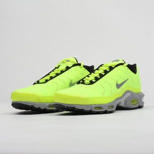 buy online aa31c 2e5a9 Nike Air Max Plus Premium
