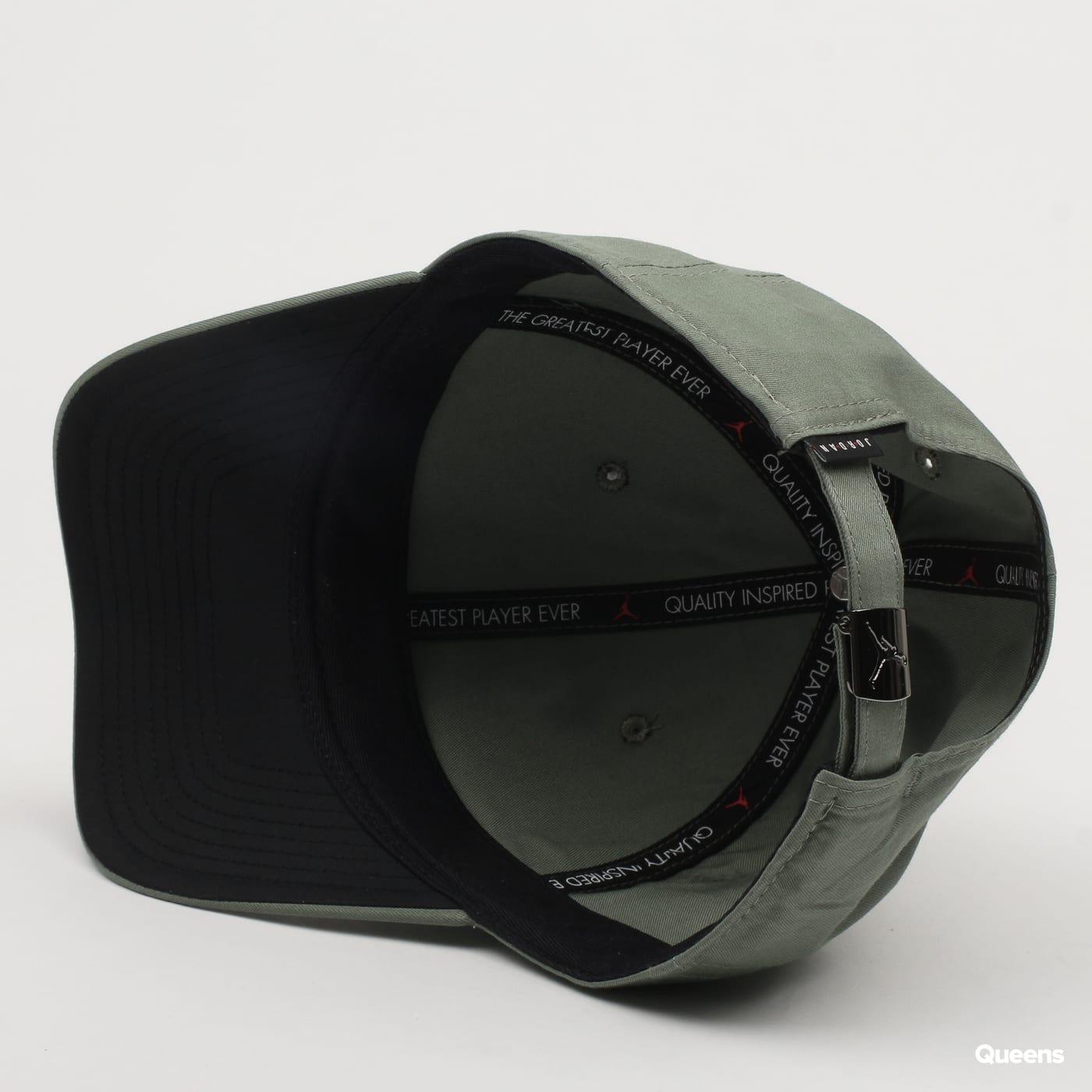 e9078e5d03a2f Hat Jordan Classic99 Metal Jumpman (899657-323)– Queens 💚