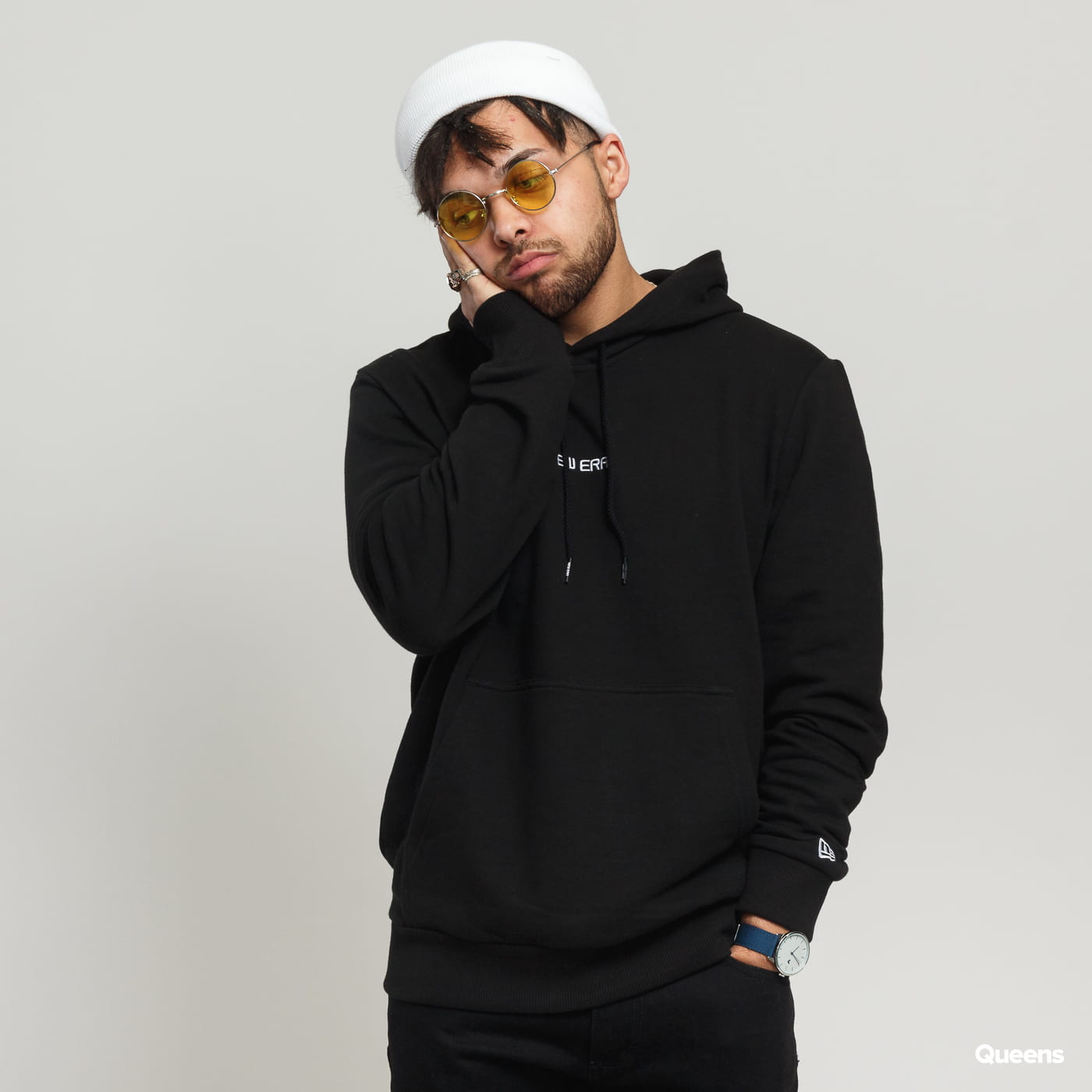 New Era NE Essential Hoody C/O black