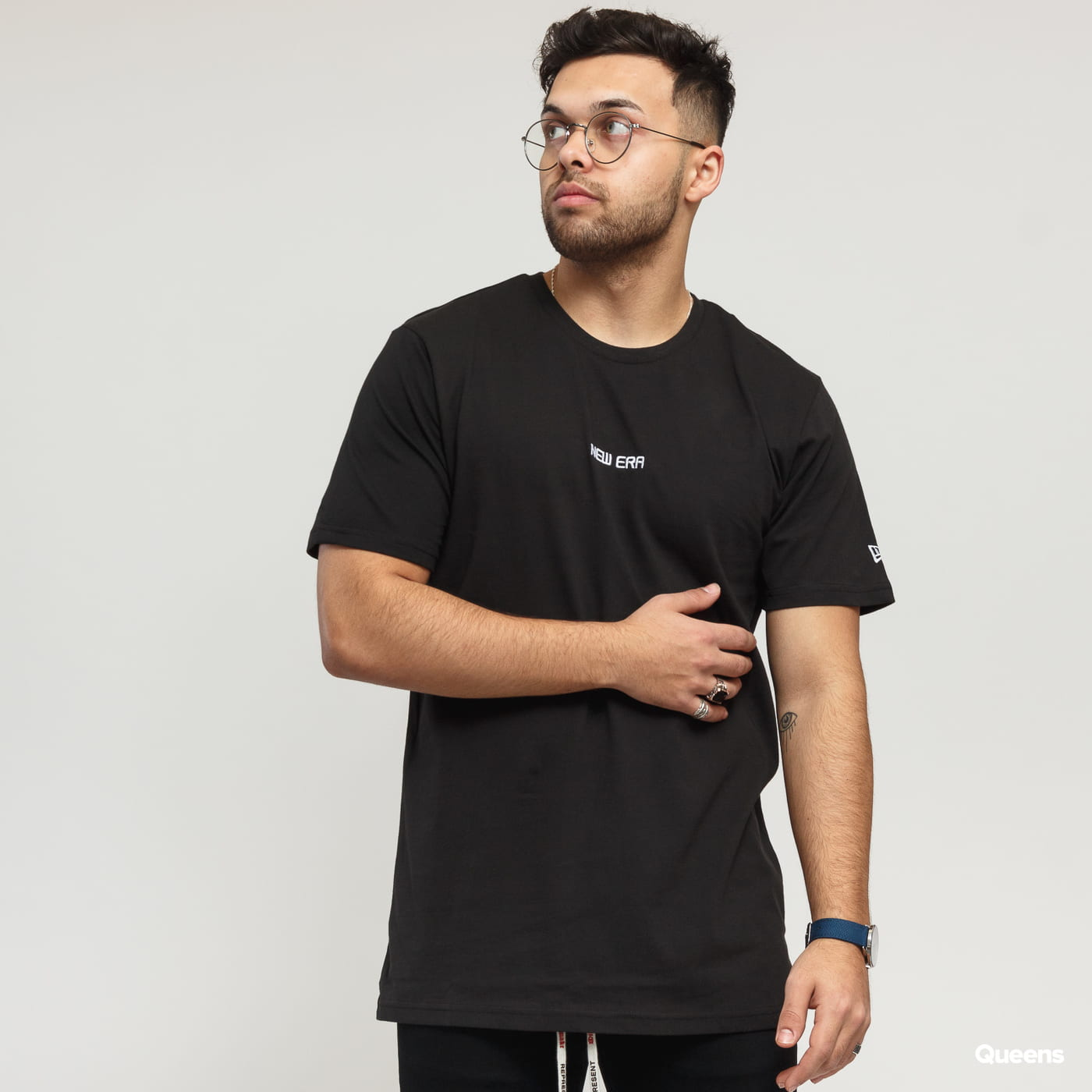 New Era NE Essential Tee black
