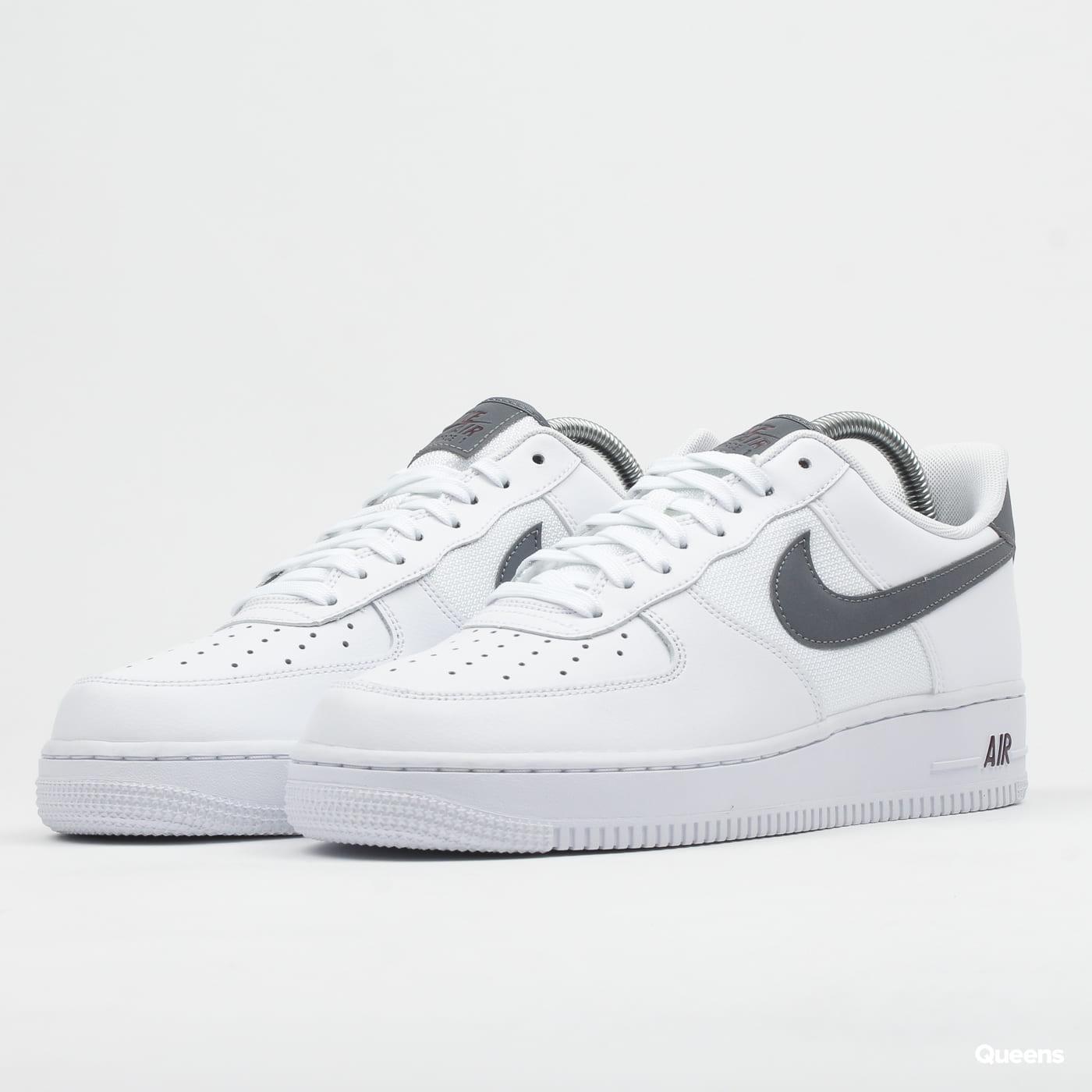 Nike Air Force 1 !07 LV8 white / cool grey - night maroon