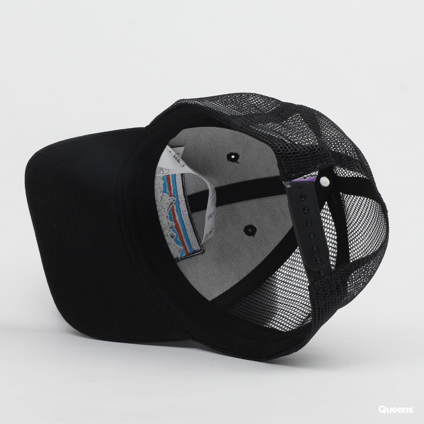 Patagonia P6 LoPro Trucker Hat čierna