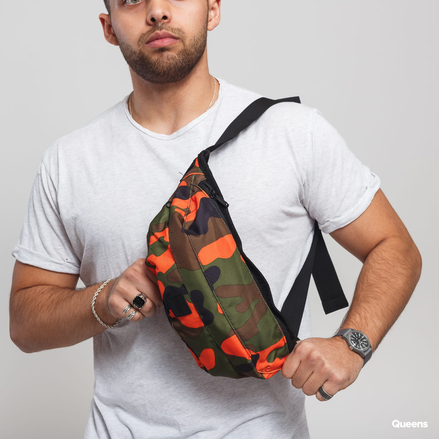 Urban Classics Camo Shoulder Bag camo green / orange