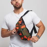 Urban Classics Camo Shoulder Bag camo zelená / oranžová