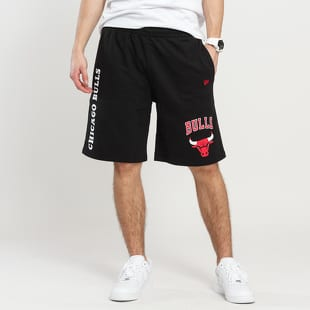 New Era NBA Logo Stack Short Chicago Bulls