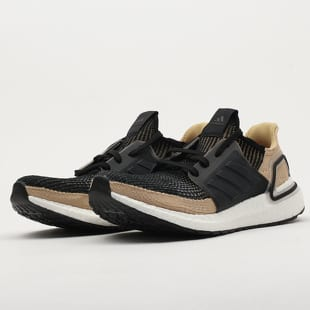 adidas Performance UltraBoost 19