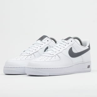 Nike Air Force 1 !07 LV8