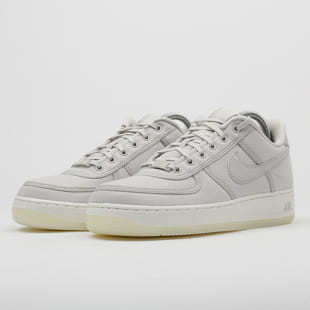 Nike Air Force 1 Low Retro QS Canvas