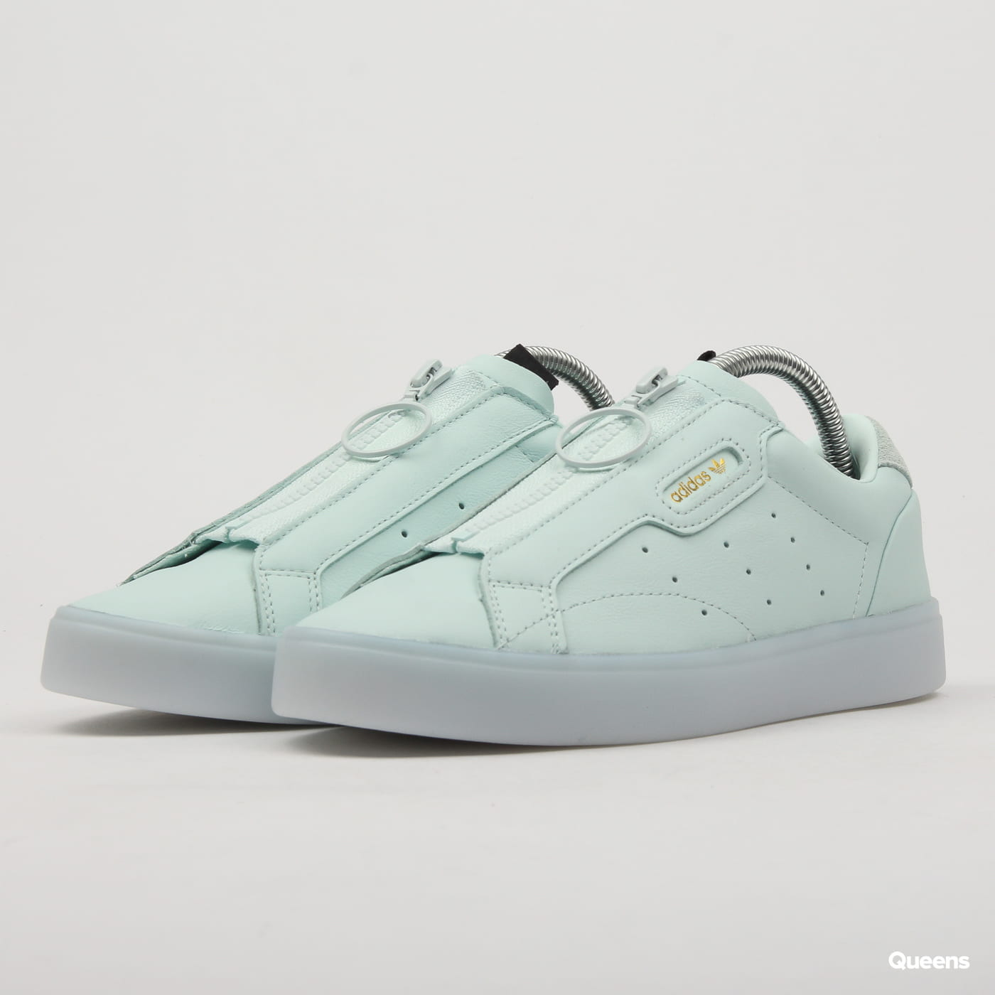 hot sale online 1c3ac b0fd6 adidas Originals adidas Sleek Z W (EE8611)– Queens 💚