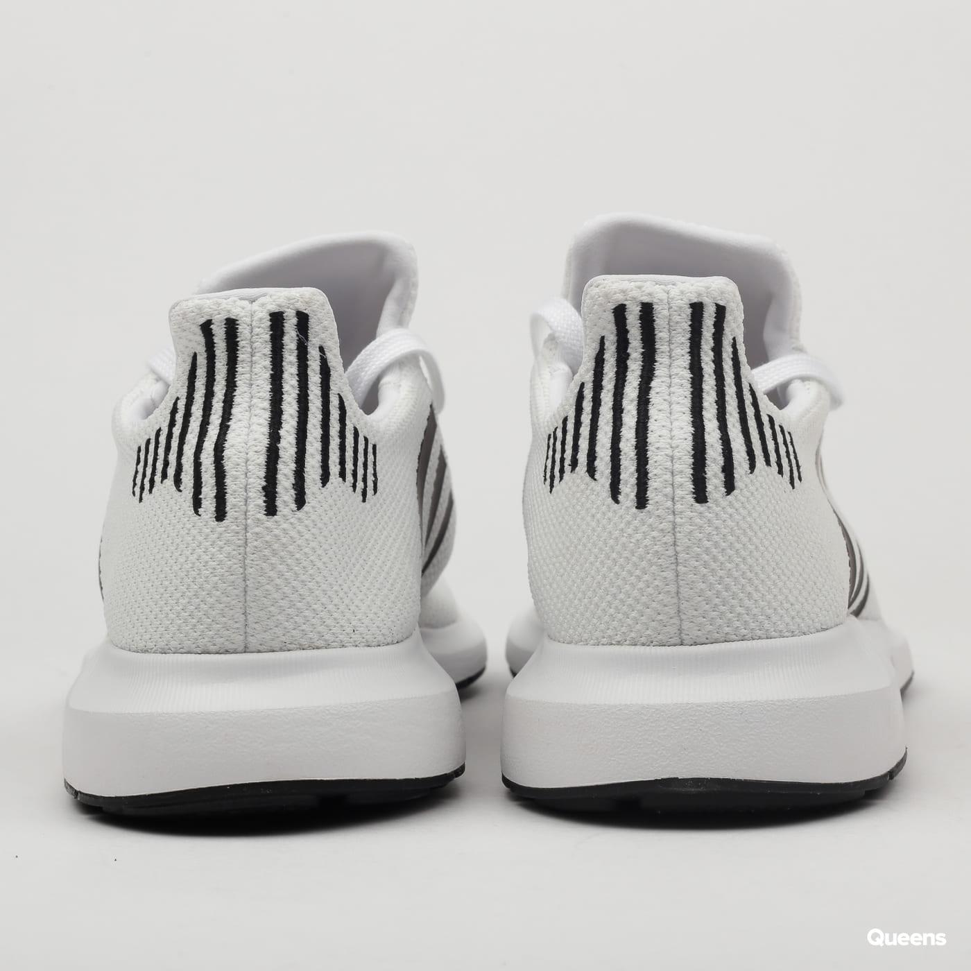 31a6084182f86 Zoom in Zoom in Zoom in Zoom in Zoom in. adidas Originals Swift Run ftwwht    cblack   mgreyh