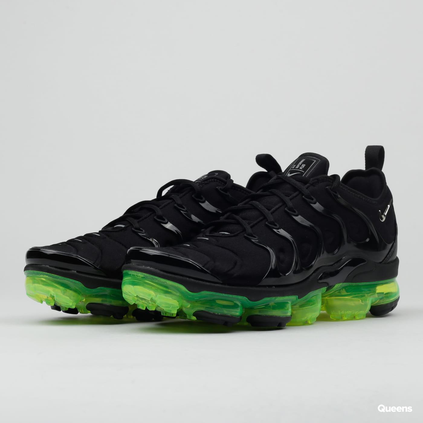 pretty nice c2b3d cacf7 Boty Nike Air Vapormax Plus (924453-015) – Queens 💚