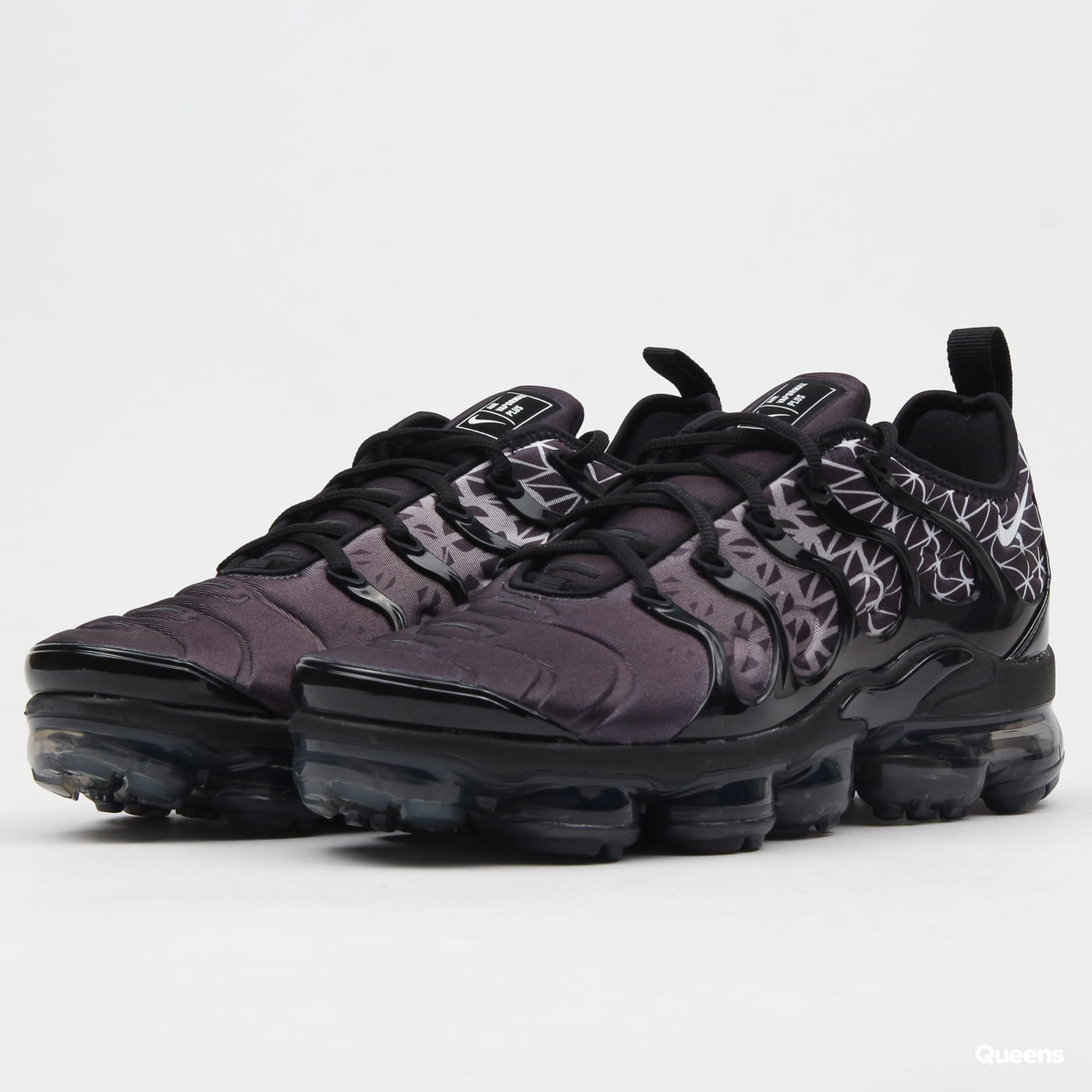 new product c1236 4ff6f Boty Nike Air Vapormax Plus (924453-017) – Queens 💚