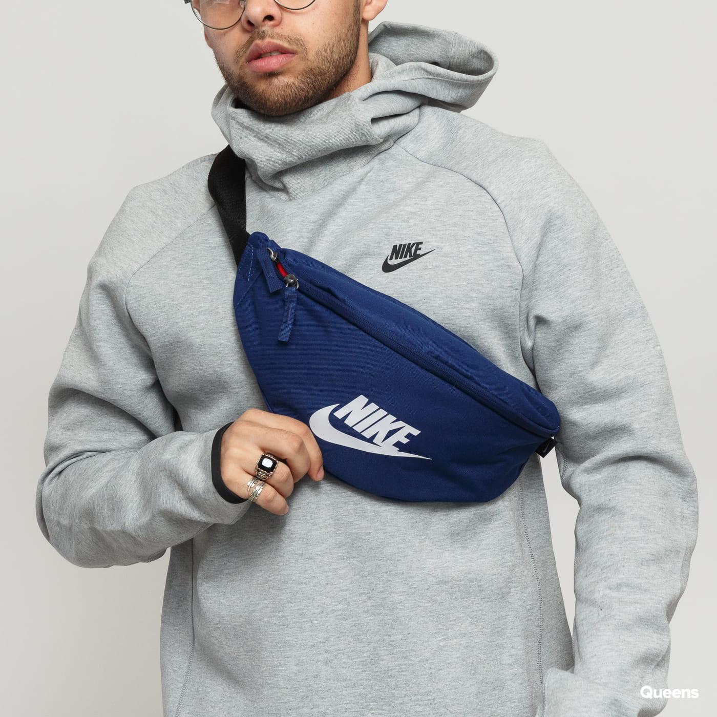 Nike NK Heritage Hip Pack navy