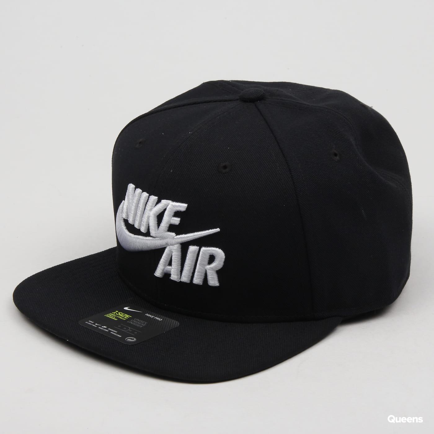 e191863326a Snapback Nike Pro Cap Air Classic black (AV6699-010) – Queens 💚