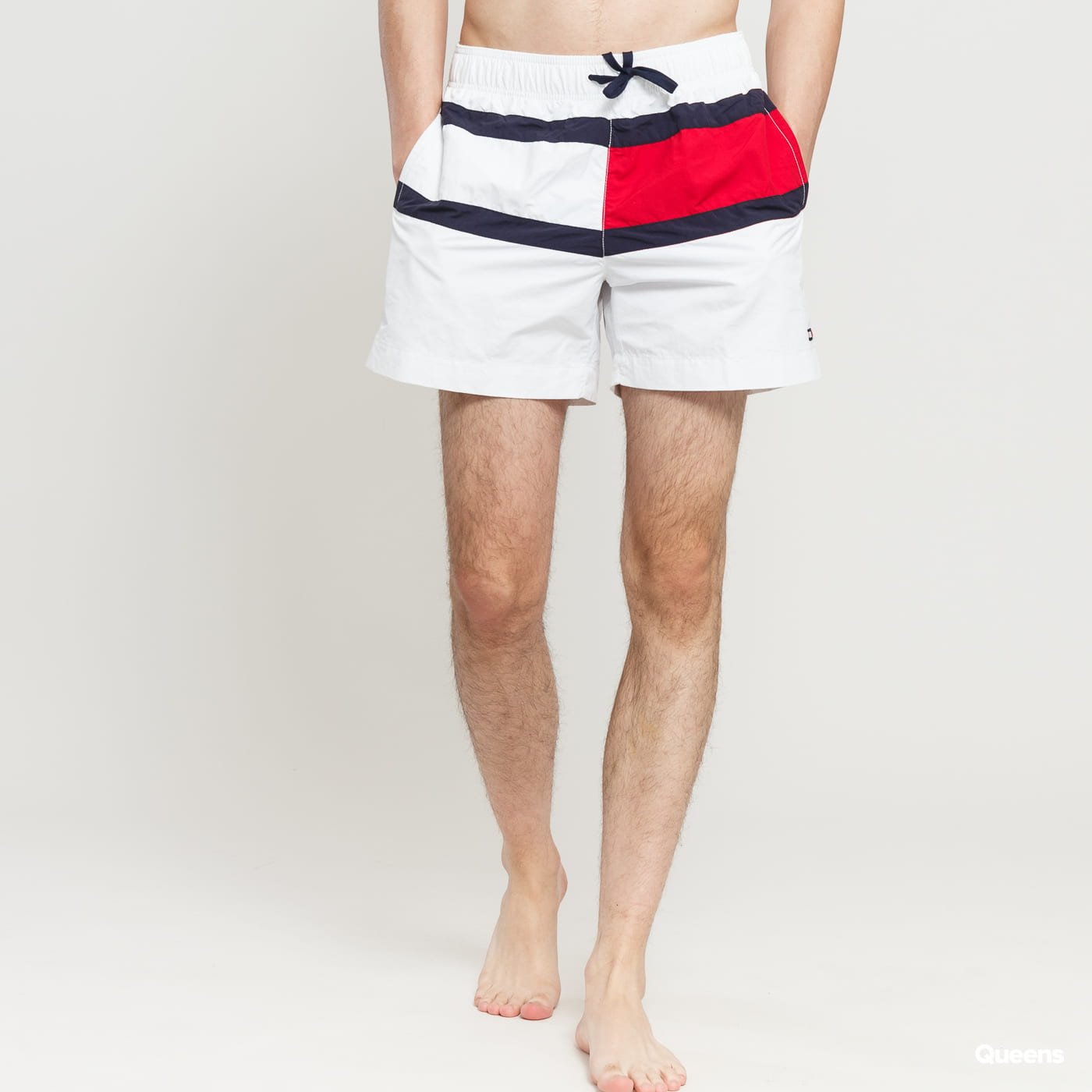 6e16bc63a9 Pánské koupací šortky Tommy Hilfiger Medium Drawstring (UM0UM01070 145) –  Queens 💚