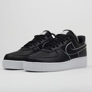 Nike Air Force 1 '07 LV8 4