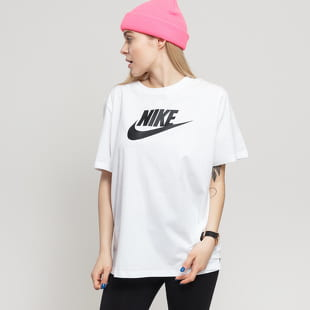 Nike W NSW Tee Essential Futura Plus Size