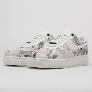 Nike WMNS Air Force 1 '07 LXX