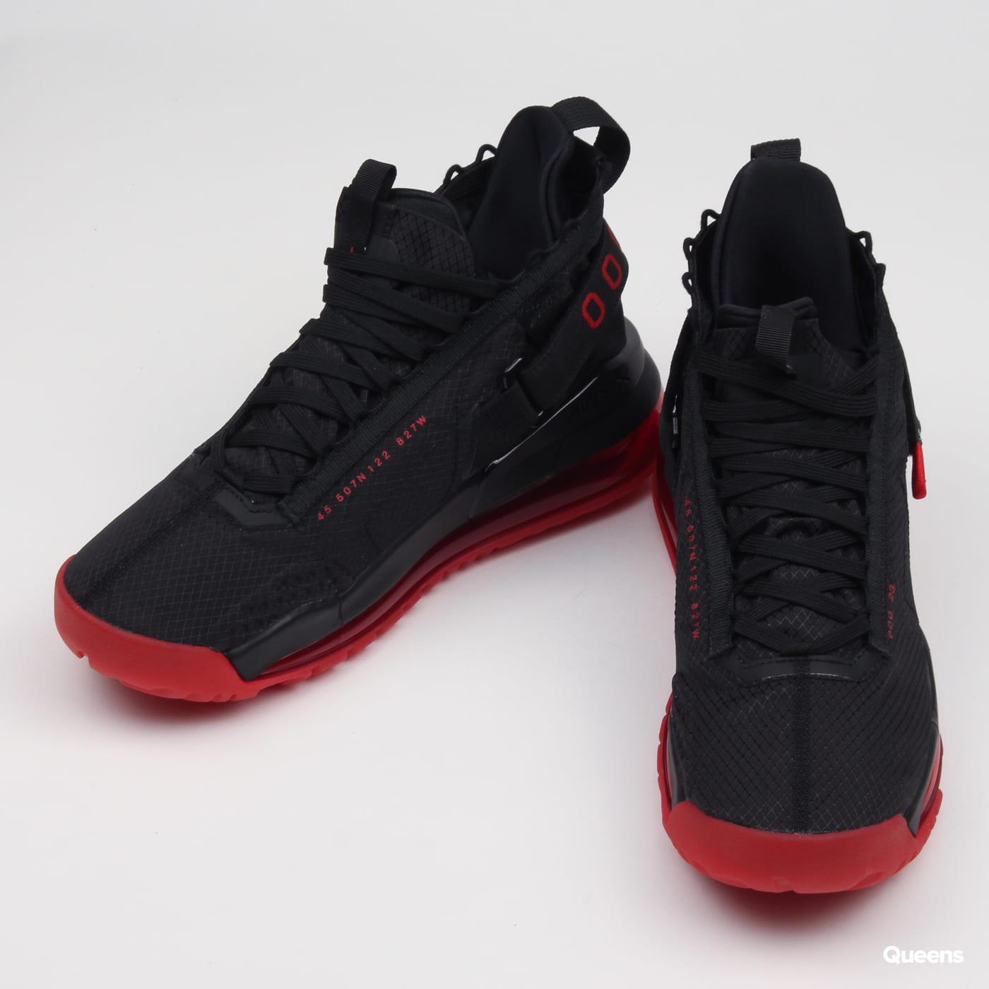 Jordan Jordan Proto-Max 720 black / university red