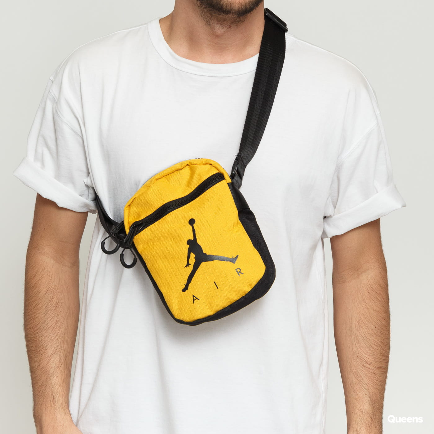 e649ad5098c Crossbody bag Jordan Jumpman Air Festival Bag yellow / black (9A0197-Y1X) –  Queens 💚